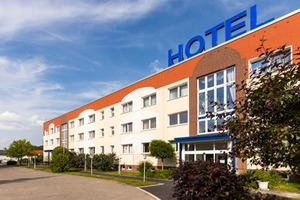 aussenansicht-pommerland-hotel