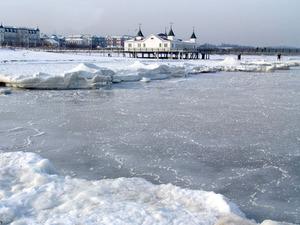 seebrücke-ahlbeck-im winter
