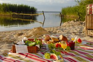 Picknick auf der Radtour am Plauer See