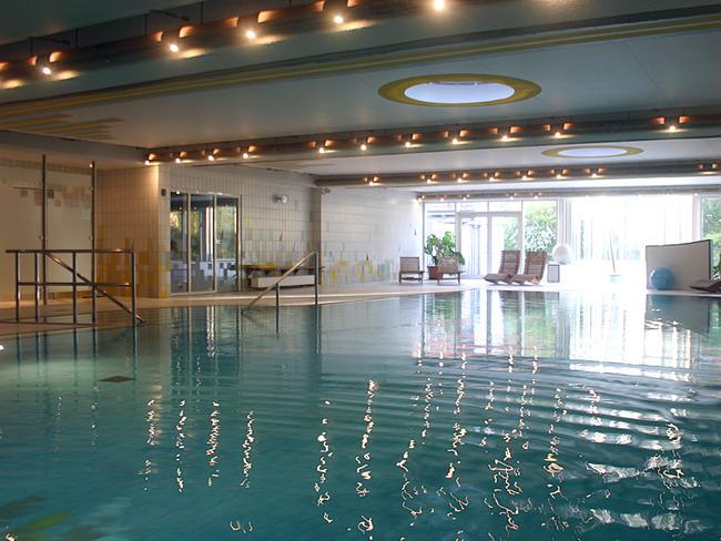 Schwimmbad im Appartement-Haus