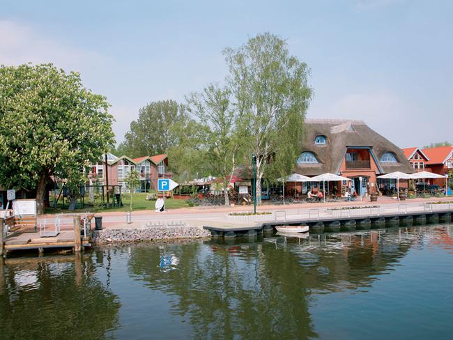 Fischerhaus und Bootsanleger