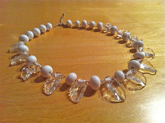 Glaskunst Blätter Perlenkette