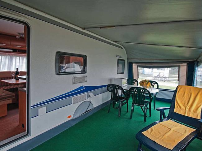 Mietwohnwagen Ferienpark Havelberge Vorzelt