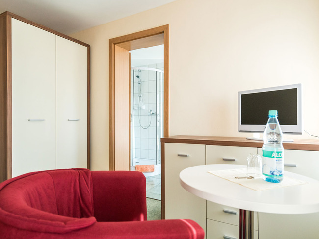 Einzelzimmer - Wohn-/Schlafraum