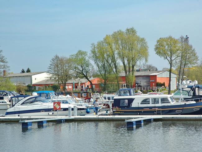 Boote, Restaurant, Kiosk