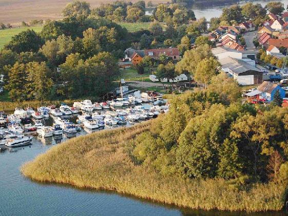 Luftansicht - Yachthafen Priepert