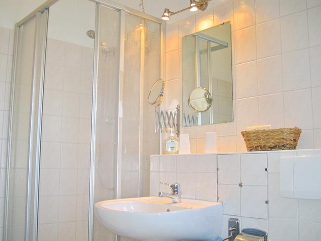 Hofwohnung - Bad