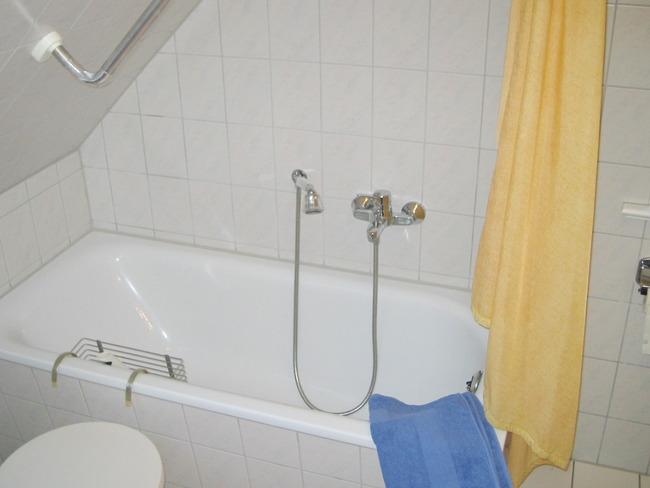 Kleine Wohnung - Bad