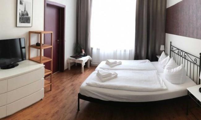 Doppelzimmer - Herr Ober 16/Menü