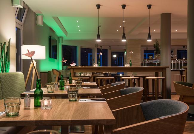 Restaurant4-mittel