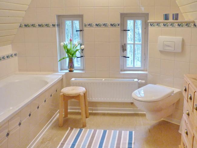 fewo-villa-badezimmer