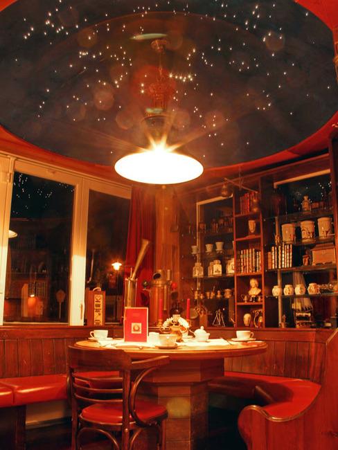 Restaurant Sitzecke Sternendach