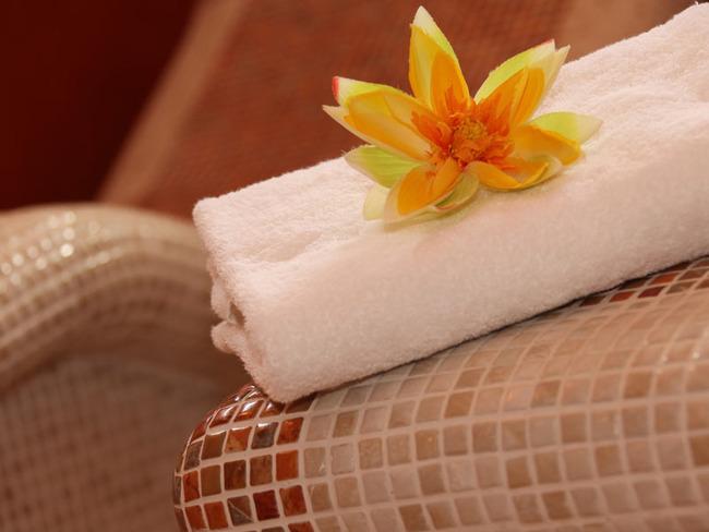Wellnessbereich Handtuch
