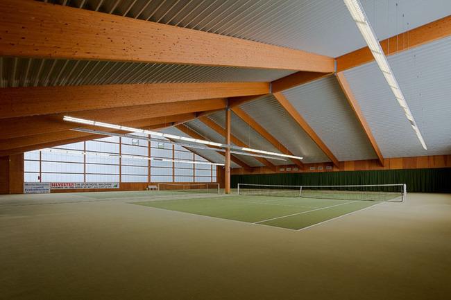 fitnessbereich-tennishalle-sporthotel