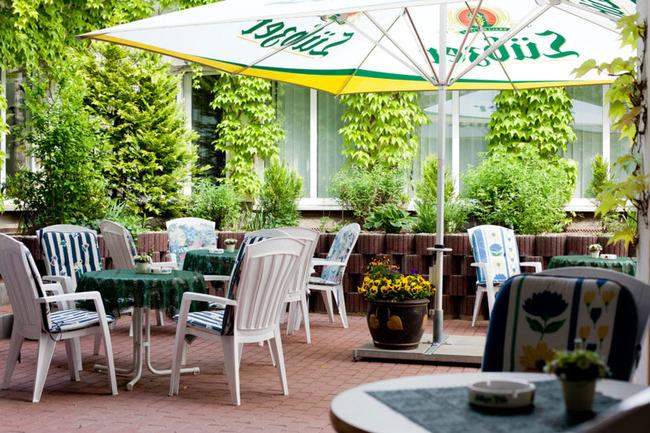 terrasse-sporthotel-malchow