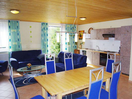 W4 - Wohn- und Küchenbereich