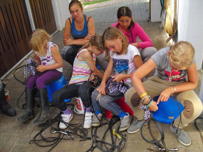 Pferdestall - Kinder