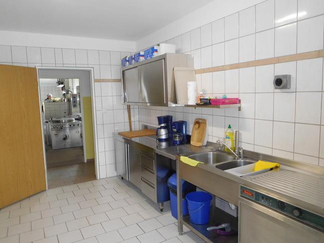 SV-Küche 1-Spülstrecke