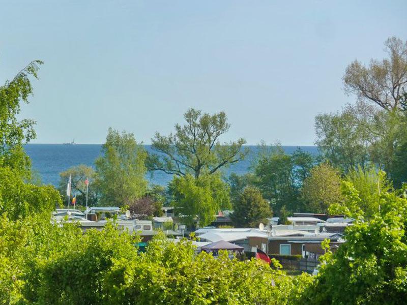 Campingplatz und Ostsee