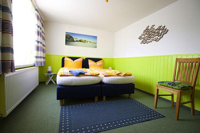 Fewo Teichblick Schlafzimmer