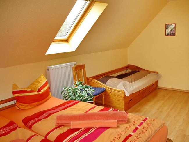 Schlafraum - Doppelbett, Tandembett