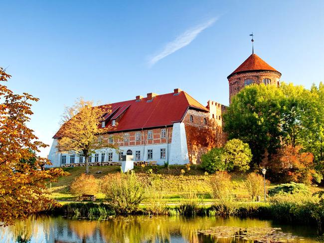 kleiner Burgsee an der alten Burg Neustadt-Glewe