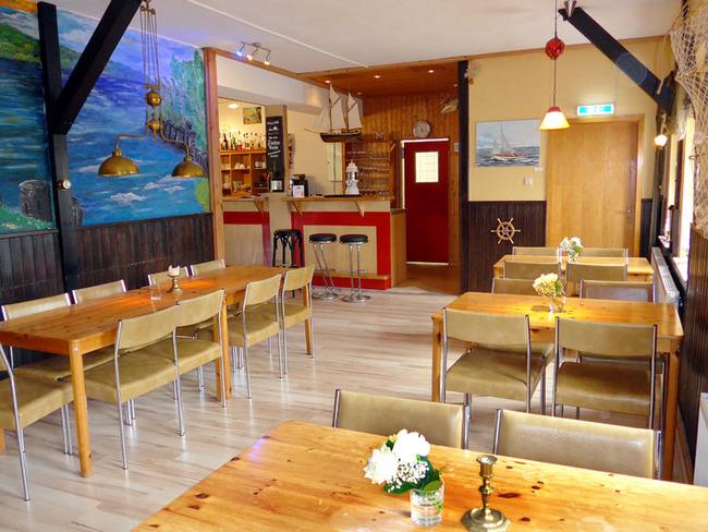 Fischerstube mit Bar in der Gaststätte Camper-Treff