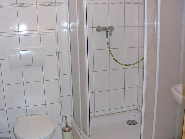 Fewo Bad mit Dusche und WC