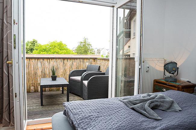 App Seepromenade Schlafzimmer mit Balkon