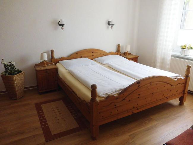 App. 34m² - Doppelbett (1,80m breit)