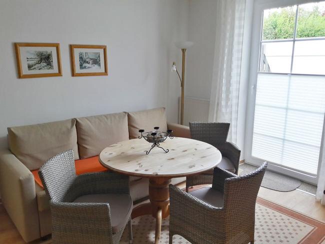 App. 34m² - gemütliche Sitzecke im Wohnraum