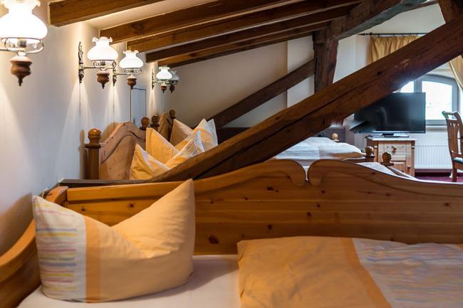 Betten im Mehrbettzimmer