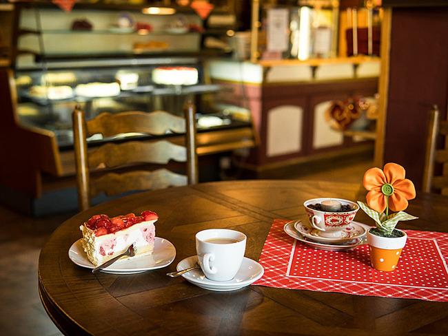 Kafee und Kuchen