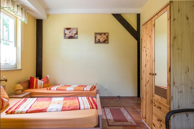 Ferienzimmer 1 mit 2 Einzelbetten