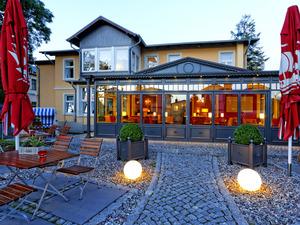 Hotel mit Wintergarten und Terrasse