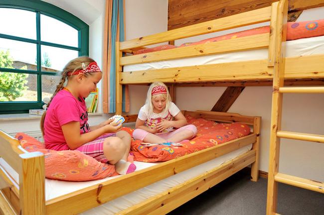 Kinderzimmer mit Hochbett
