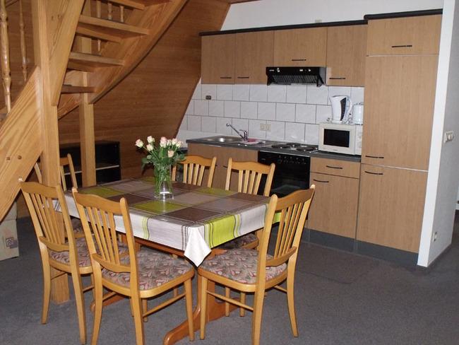 Küchenzeile in den Finnhütten