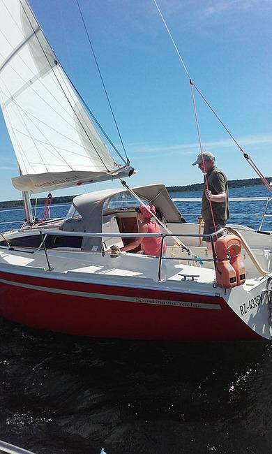 Scandinavia 27 beim Segeln