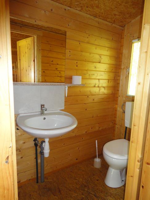 WC in der Blockhütte