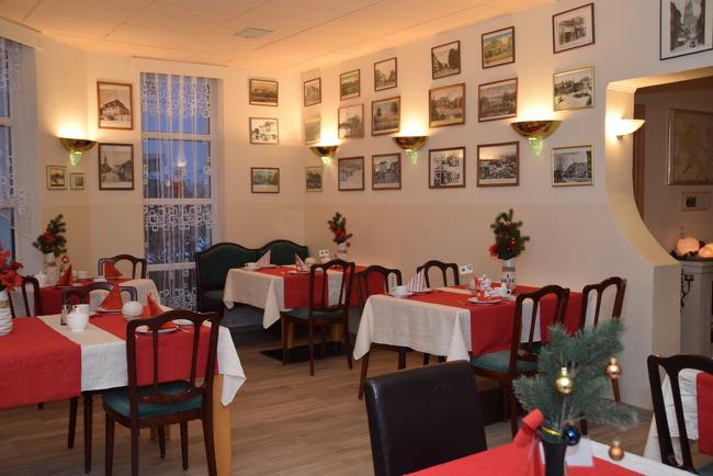Das Restaurant im weihnachtlichen Ambiente