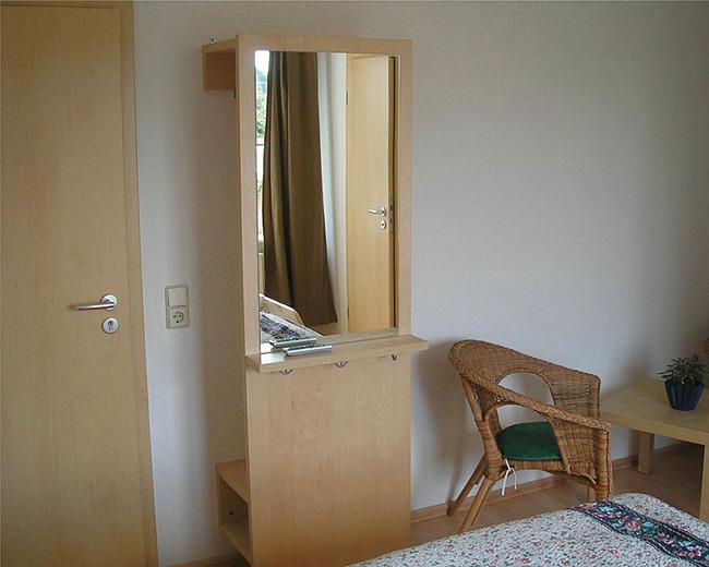 Garderobe im Zimmer