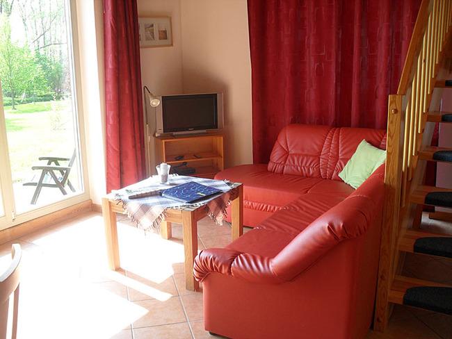 Ferienhaus Wiebke - Wohnzimmer mit Couchecke
