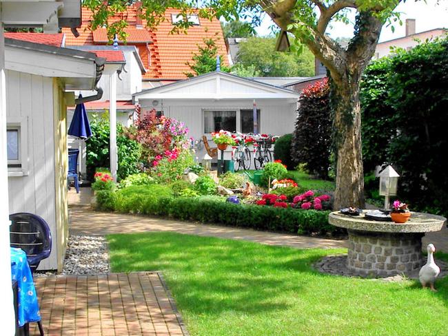 Garten Ferienwohnungen im Fischerhus