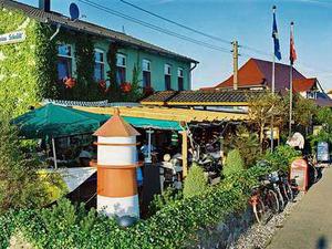 überdachte Terrasse der Gaststätte