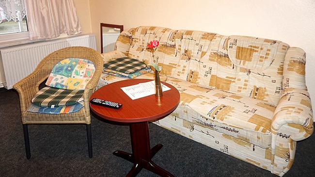 Appartement 2 - Wohnraum mit Couch
