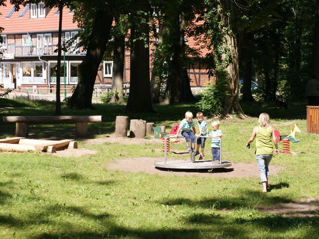 Spielplatz auf dem Gelände