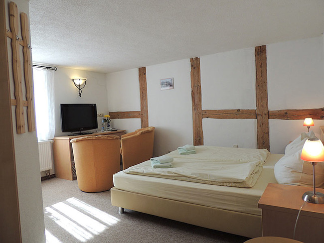 Doppelzimmer 1 Bett und Sitzecke