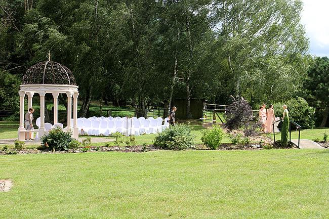 Trauung im Garten