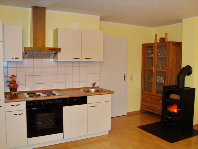 Küche und Kaminofen