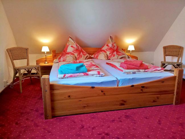 Schlafzimmer1 mit Doppelbett